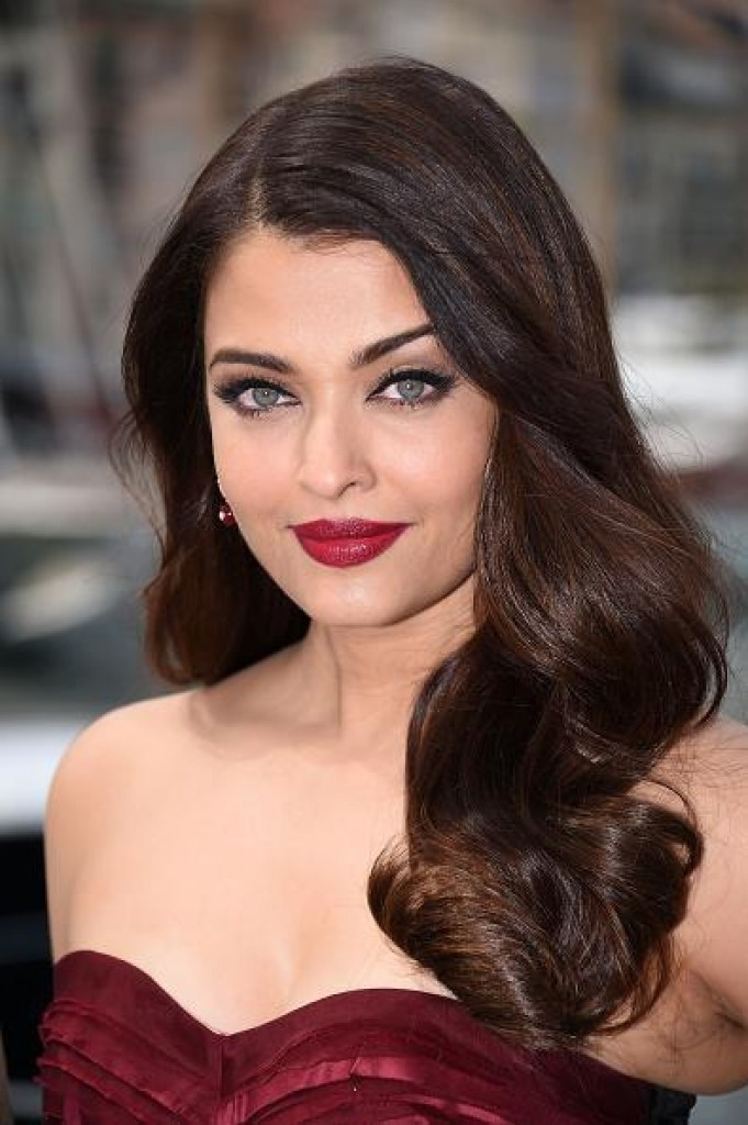 Aishwarya Rai Bachchan at Jazbaa Press Conference at Cannes