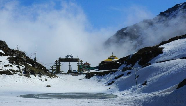 13 Mountain Passes In India
