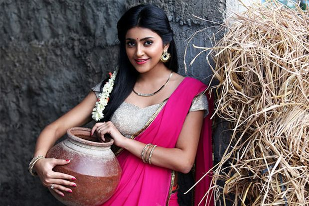 Avantika Mishra Spicy Photos
