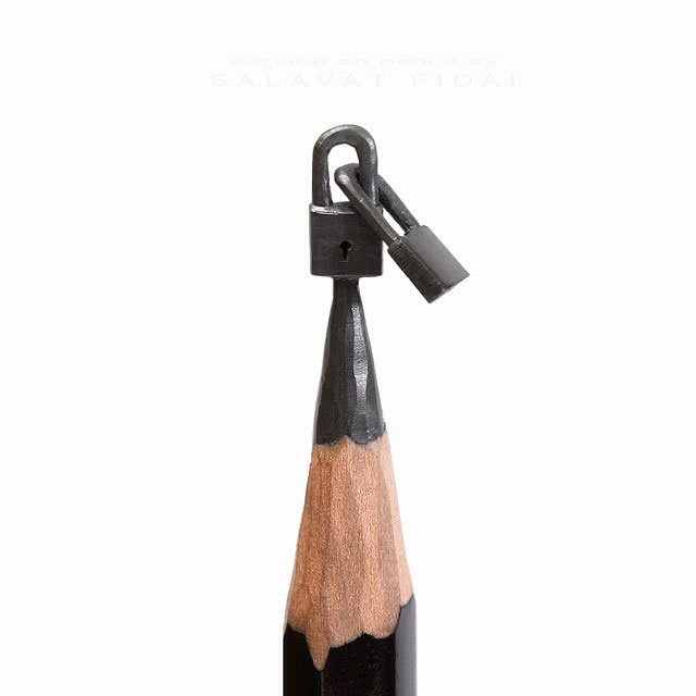 Miniature Artworks Onto the Tips of Pencils