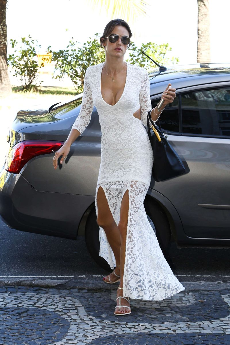 Alessandra Ambrosio Style - Out and About in Rio - May 2015