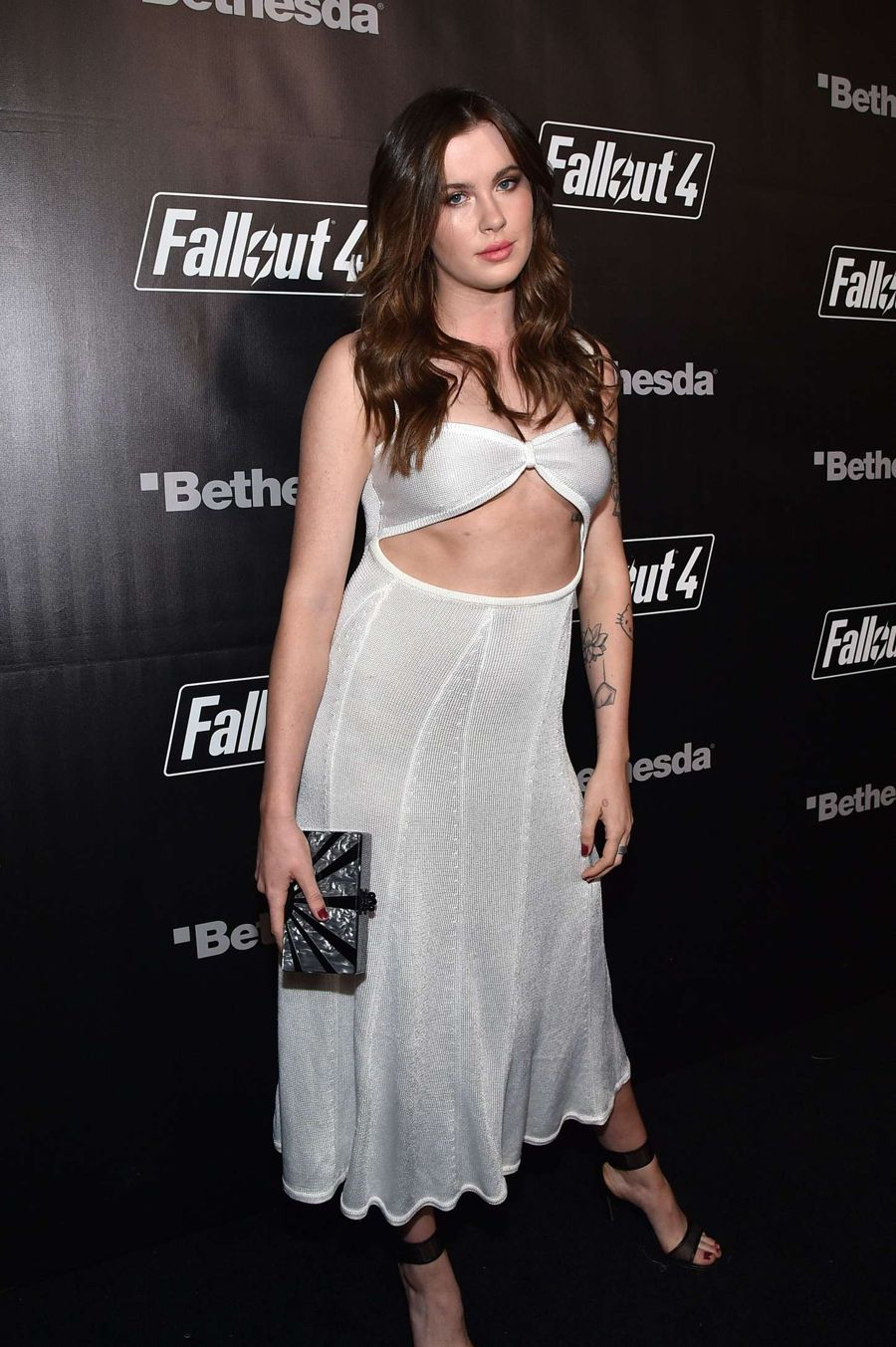 Ireland Baldwin - Fallout 4 Video Game Launch Event