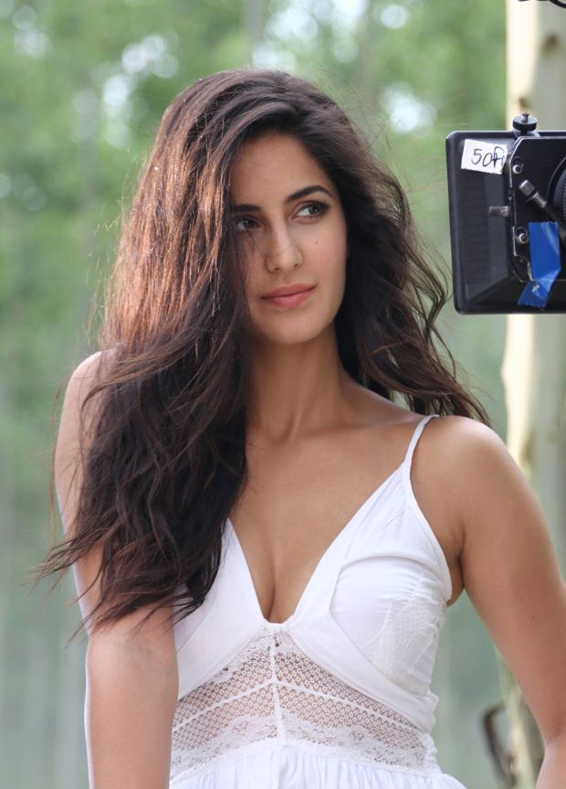 new topic   katrina kaif at various commercial photoshoot   frendz