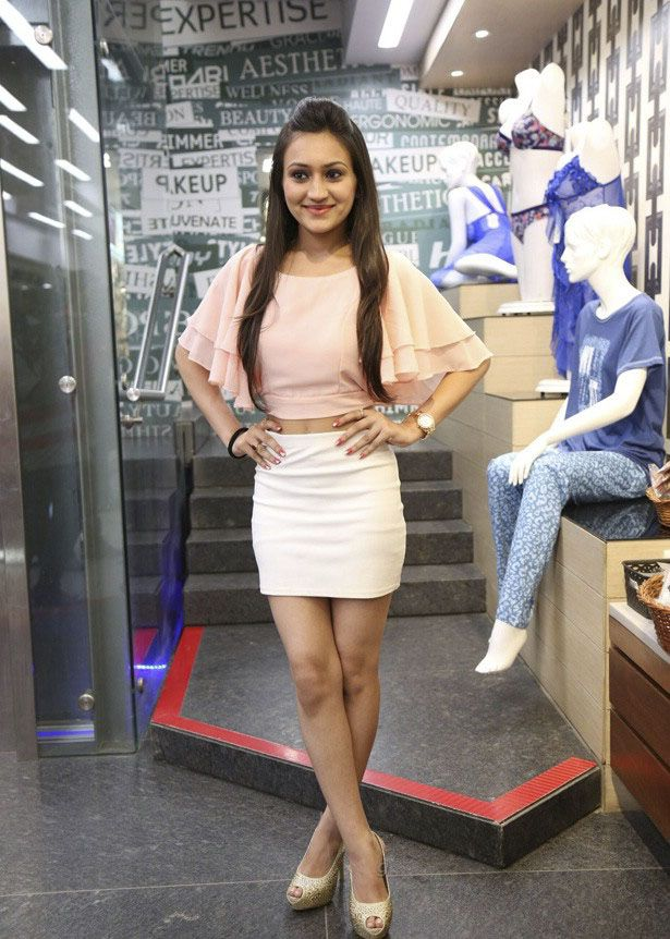 Miss and Mrs Gujarati India 2015 Beauty Pageant