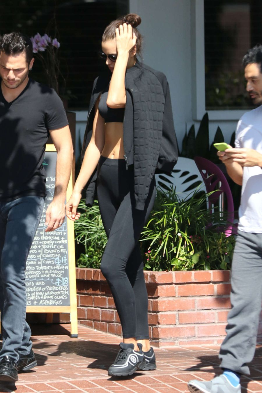 Irina Shayk Showcases her Natural Beauty in Crop Top