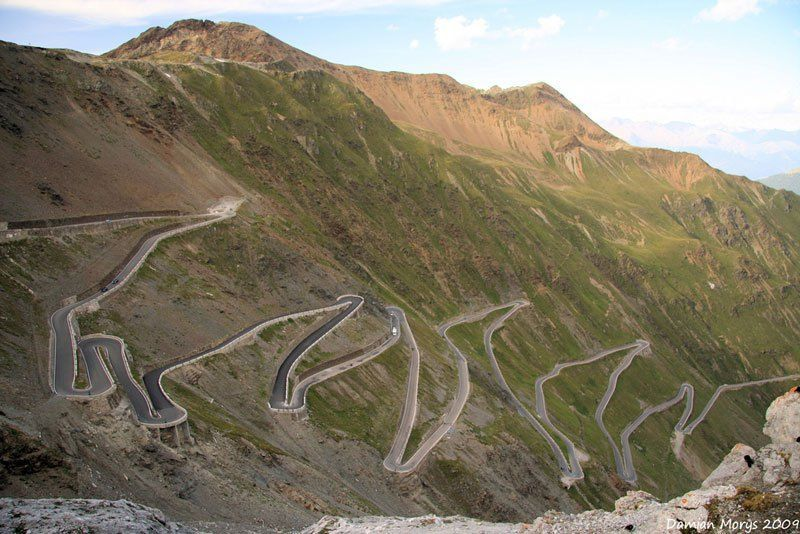 20 Road Trips on Scenic Roads if You Love Driving
