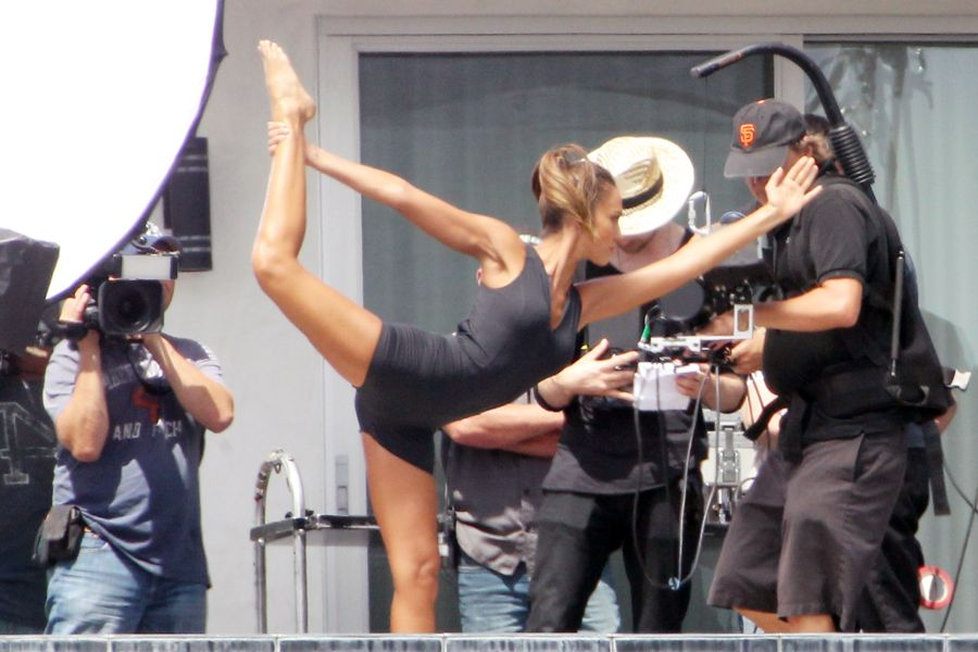 Jessica Alba - Filming a commercial in LA
