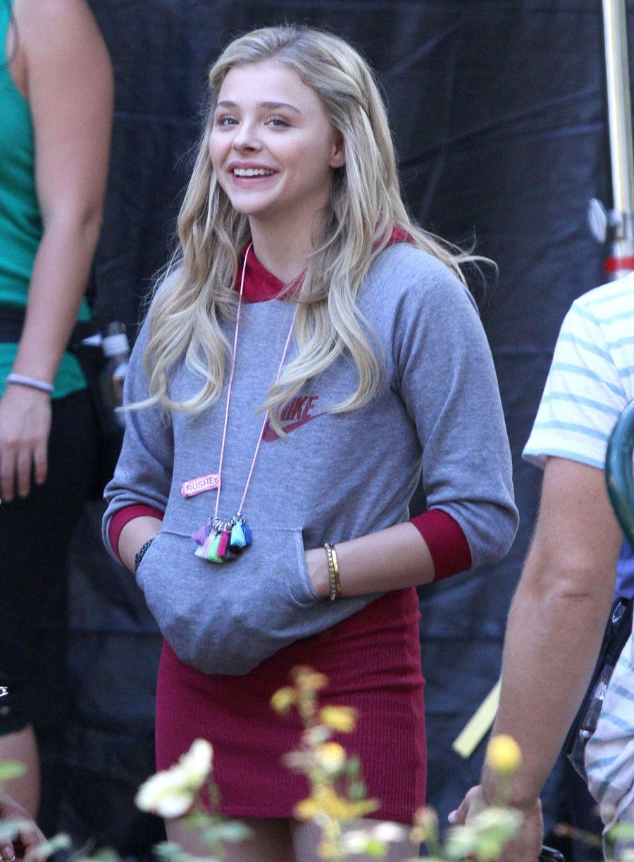 Chloe Moretz - On Set of 'Neighbors 2 Sorority Rising'
