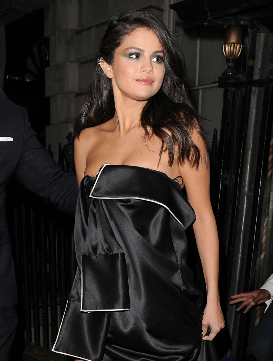 Selena Gomez - Annabel's for Dinner and Perfomance