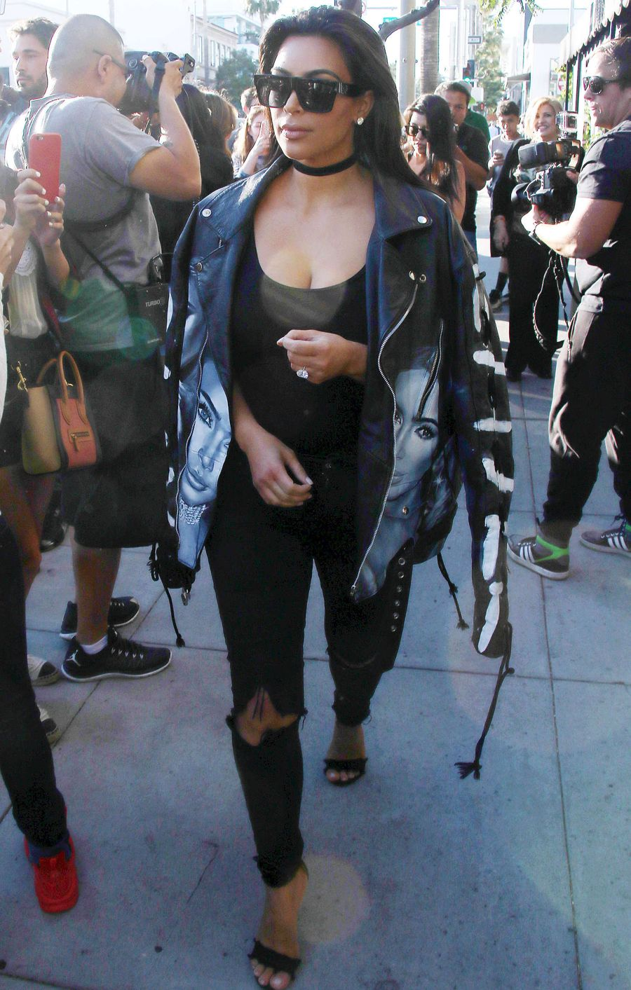 Kim Kardashian - Out for lunch in Beverly Hills