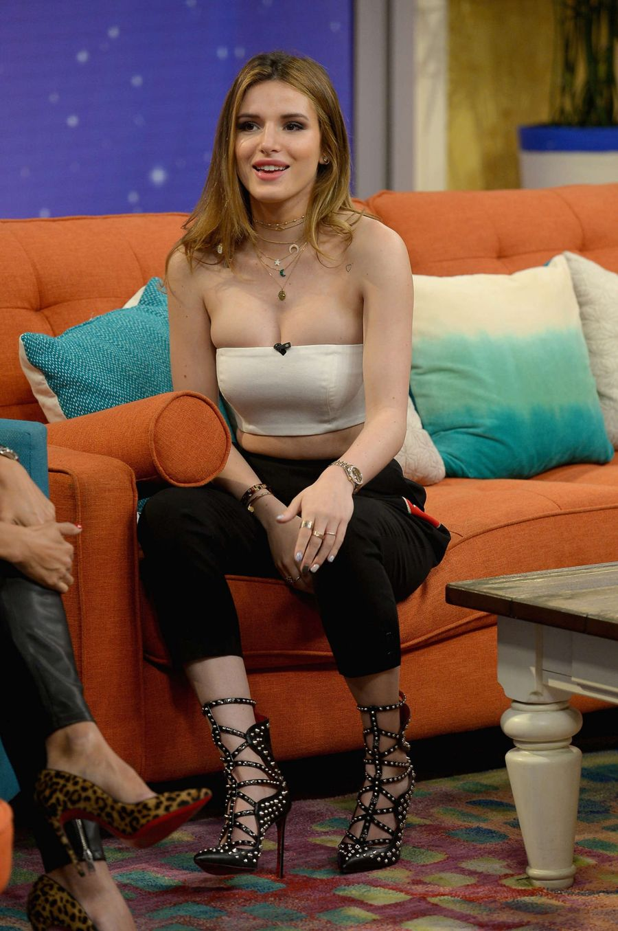 Bella Thorne on 'Despierta America' Set