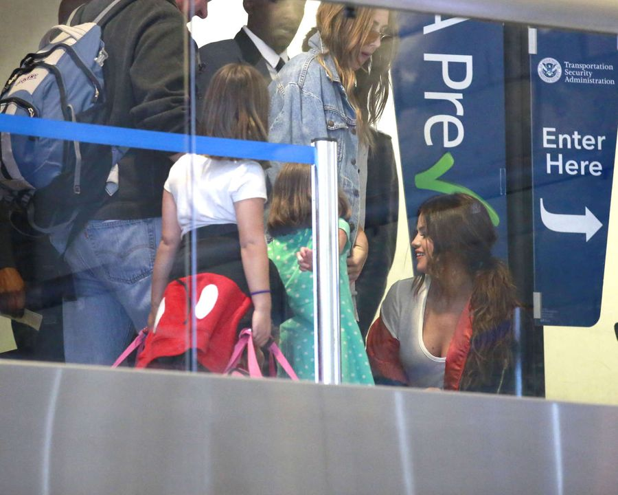 Selena Gomez' Lips Look Bigger at LAX Airport