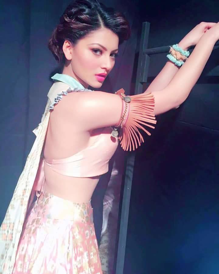 Urvashi Rautela for Pratik and Priyanka
