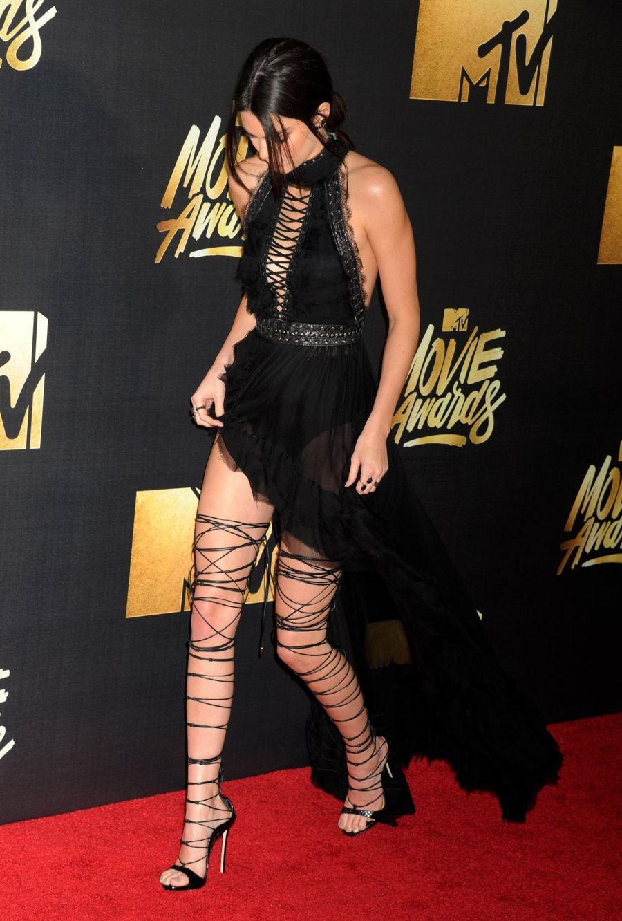 Kendall Jenner - 2016 MTV Movie Awards in Burbank