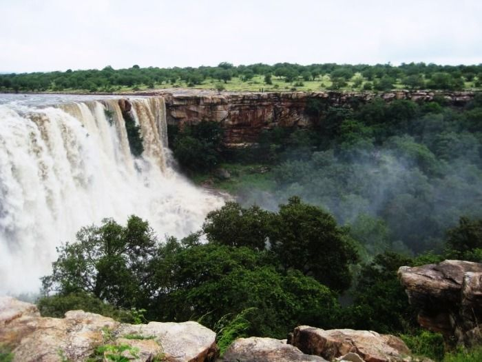 11 Coolest Waterfalls in India for this Summer