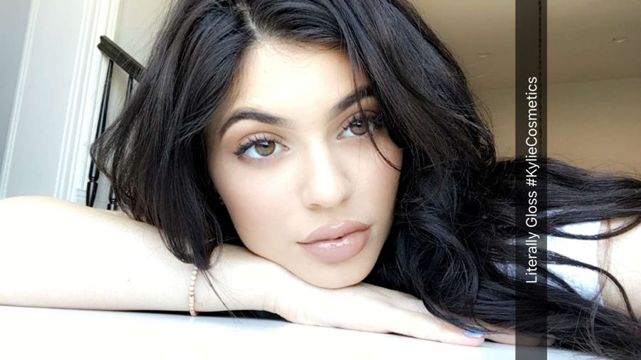 Kylie Jenner's Interesting Photos from Snapchat