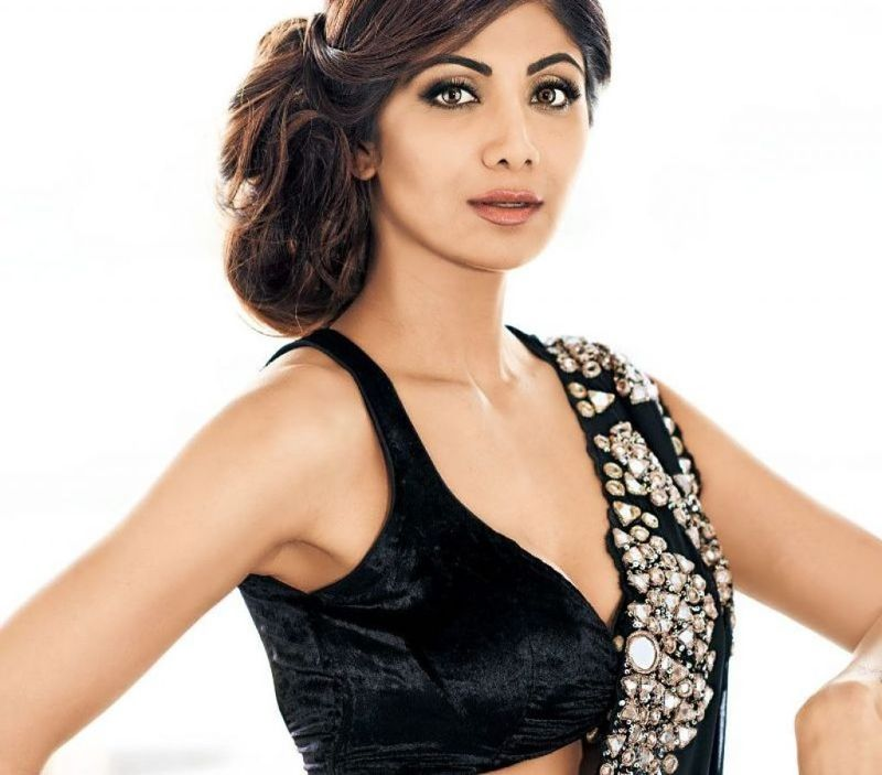 Shilpa Shetty Poses for Hi Blitz India Magazine