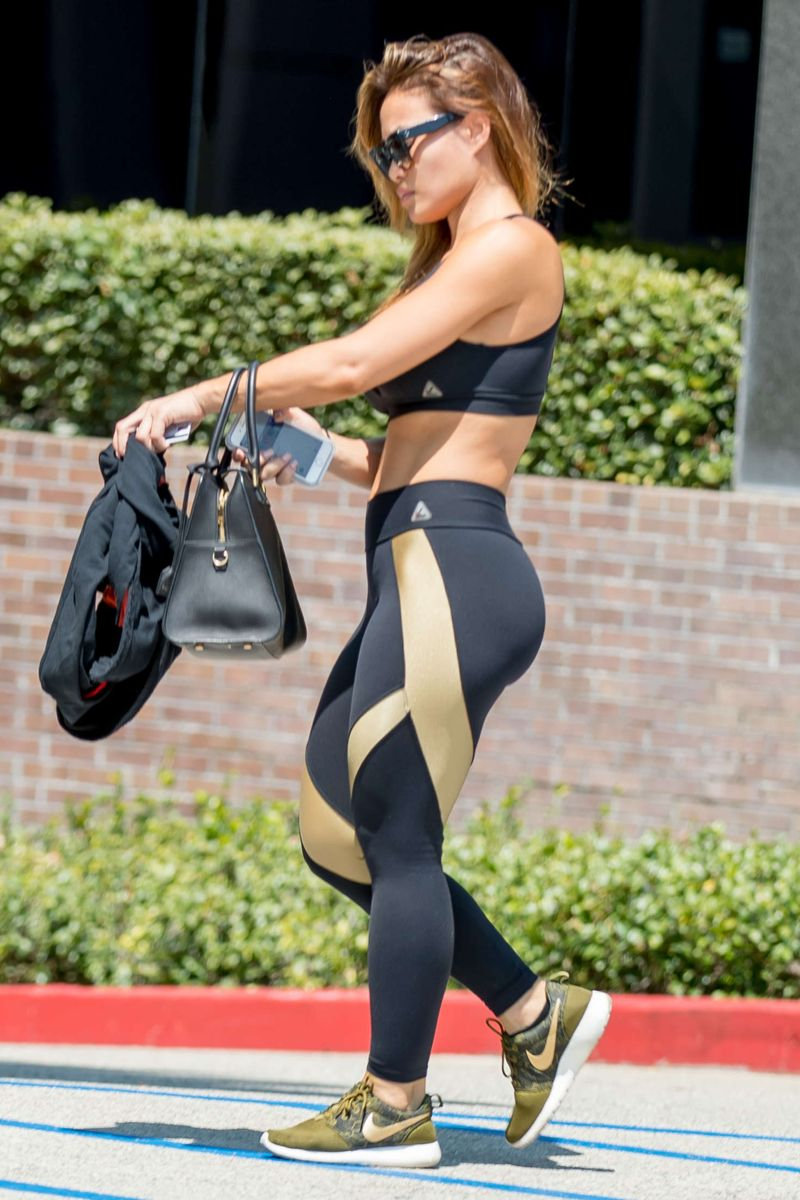 Daphne Joy Leaves the gym in Los Angeles