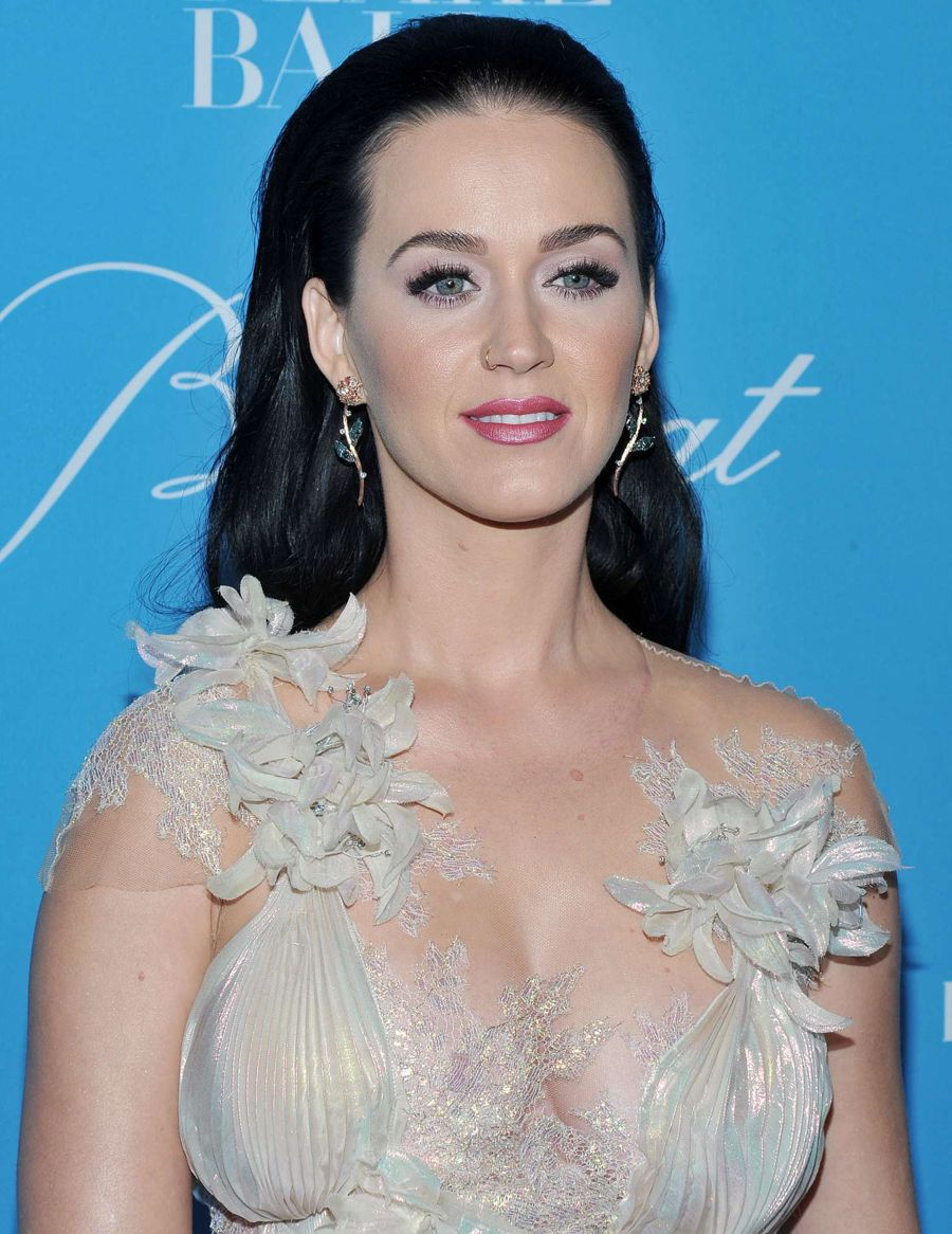 Katy Perry - 2016 UNICEF Snowflake Ball in New York