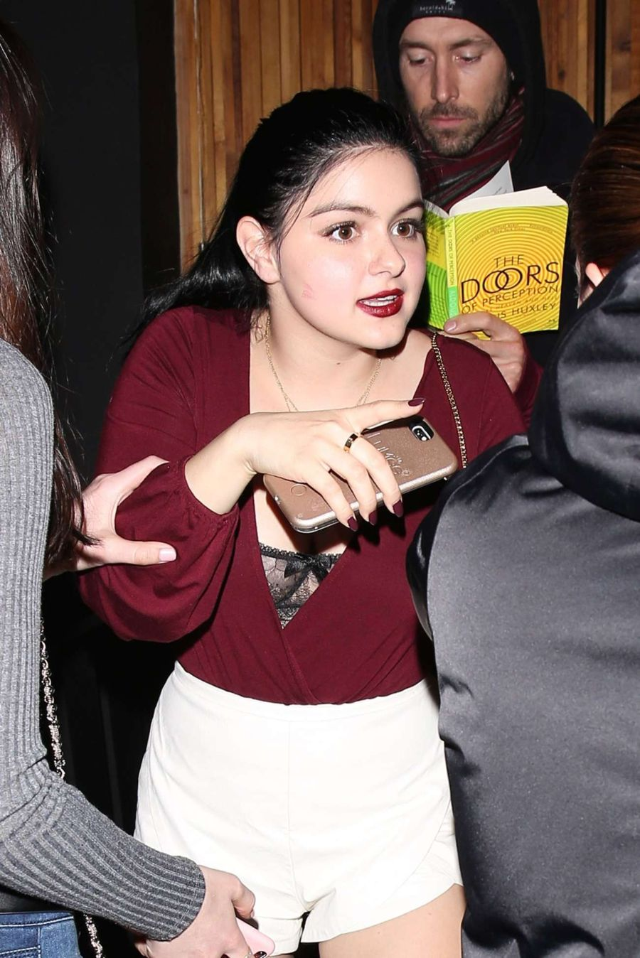 Ariel Winter - The Nice Guy Restaurant in Hollywood
