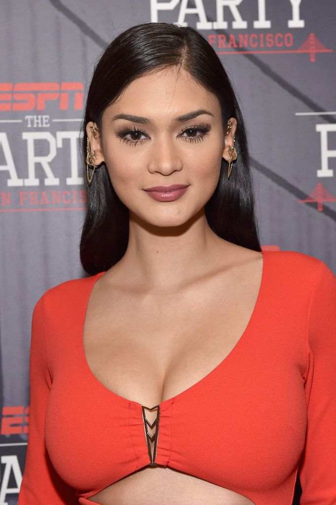 Pia Wurtzbach - Annual ESPN The Party For Super Bowl