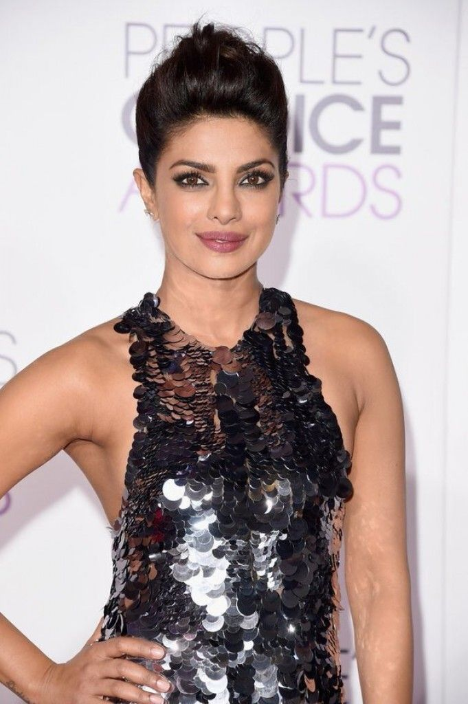 Priyanka Chopra - People's Choice Awards 2016 in L.A.