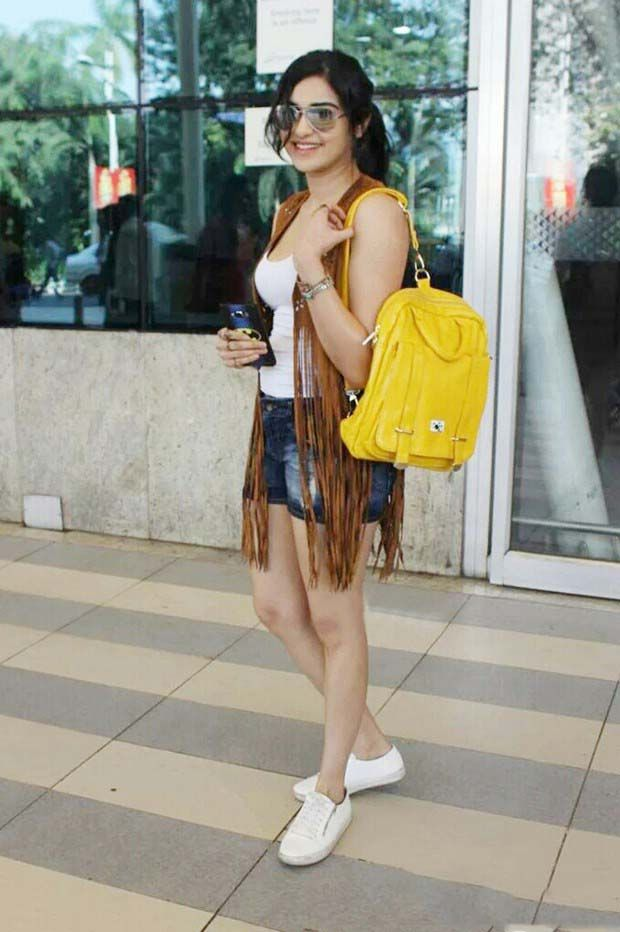 Adah Sharma AirPort Look