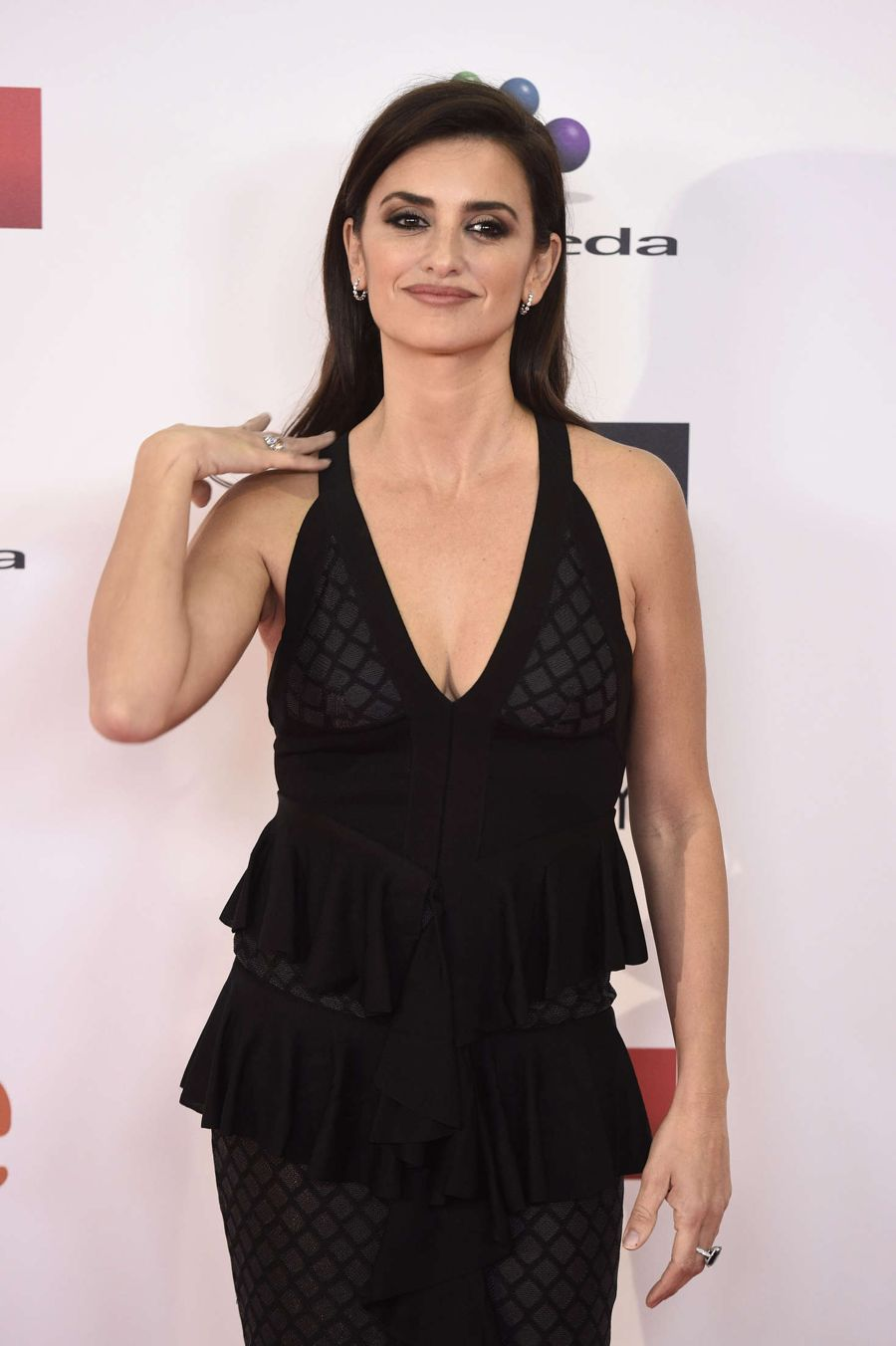 Penelope Cruz - XXI Jose Maria Forque Awards in Madrid