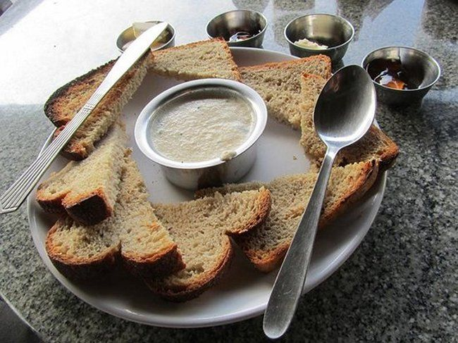 15 Unbeatable Places For A King's Breakfast In India