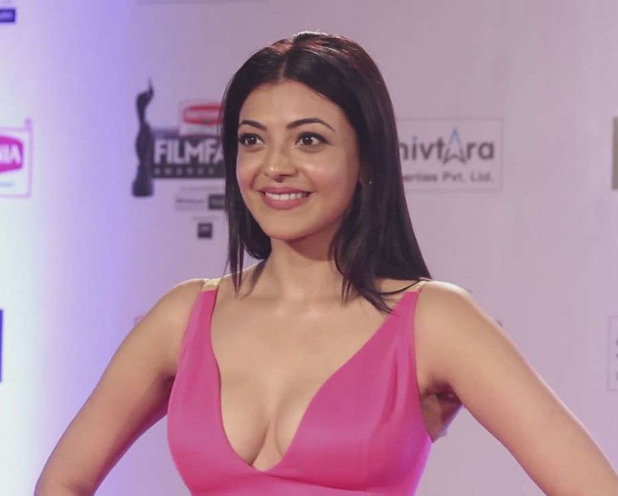 Kajal Agarwal At Filmfare Awards 2016
