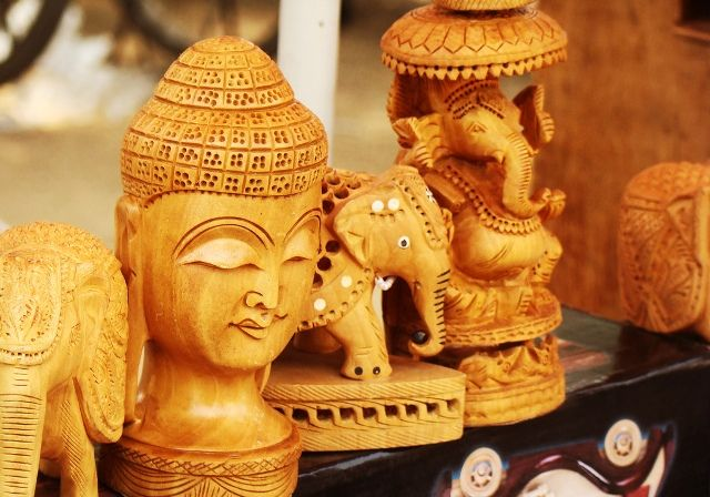 11 Places To Visit In India If Shopping Is Your First Love