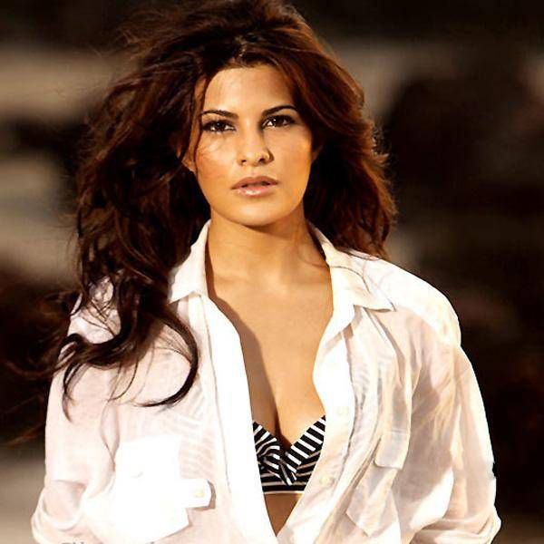Bollywood Babes Who Hate Restrictions