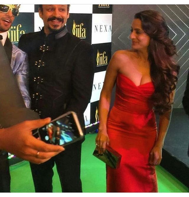 Red Rose Ameesha at IIFA Award at Madrid