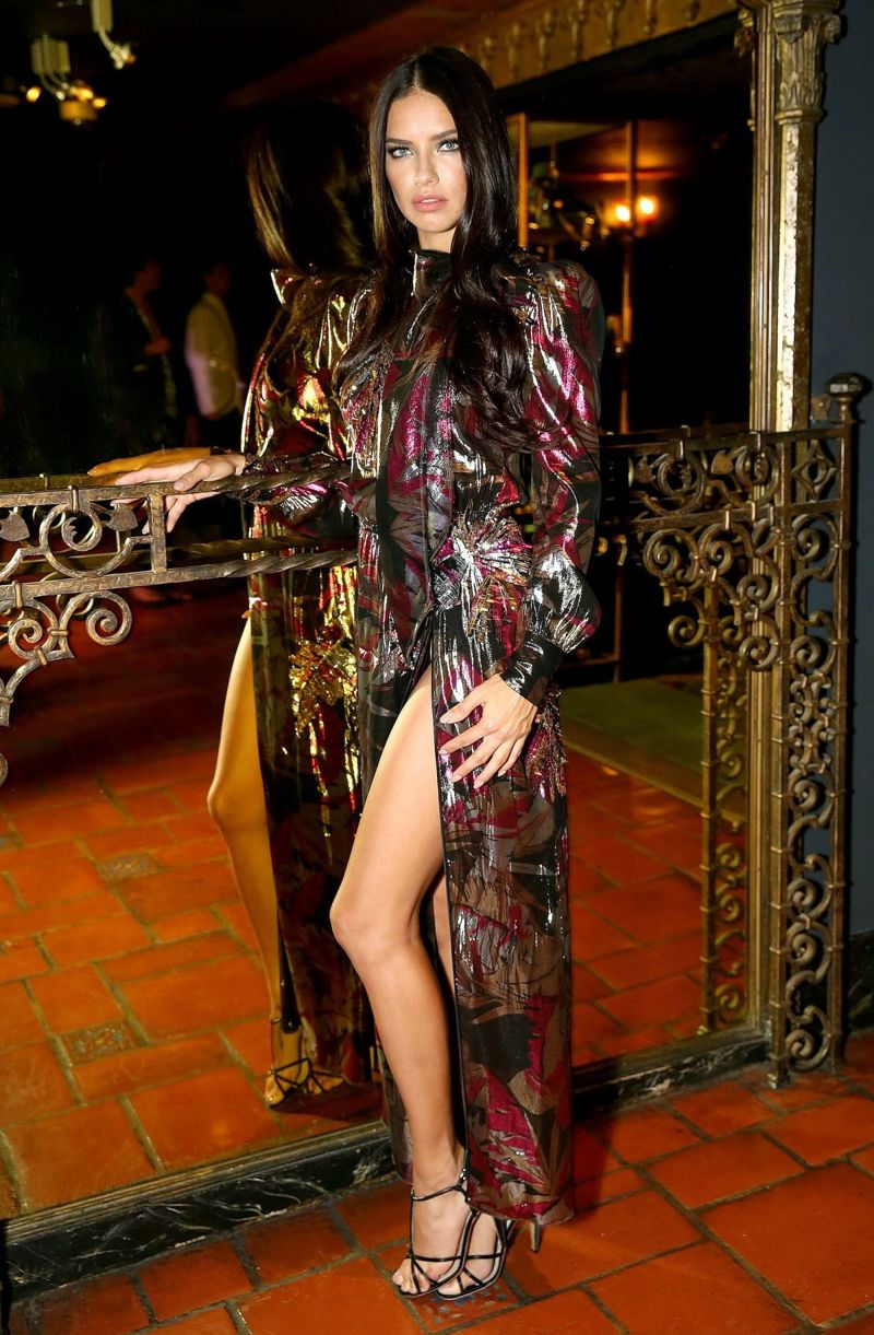 Adriana Lima Marc Jacobs Divine Decadence Fragrance Dinner