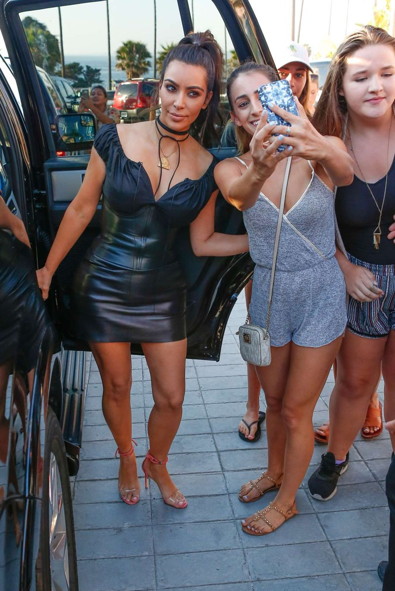 Kim Kardashian Out for dinner in San Diego