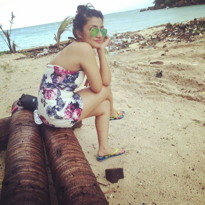 Balika Vadhu Actress Neha Marda Spotted in Bikini