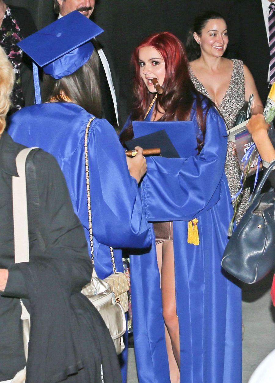 Ariel Winter - Celebrates her high school Graduation