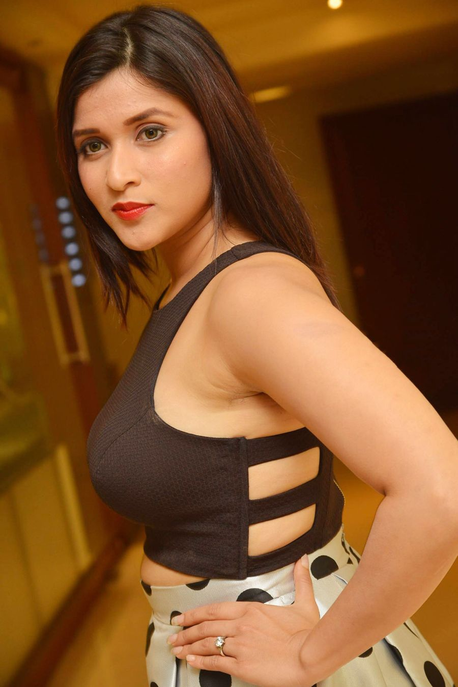 Mannara to Show her Comic Side