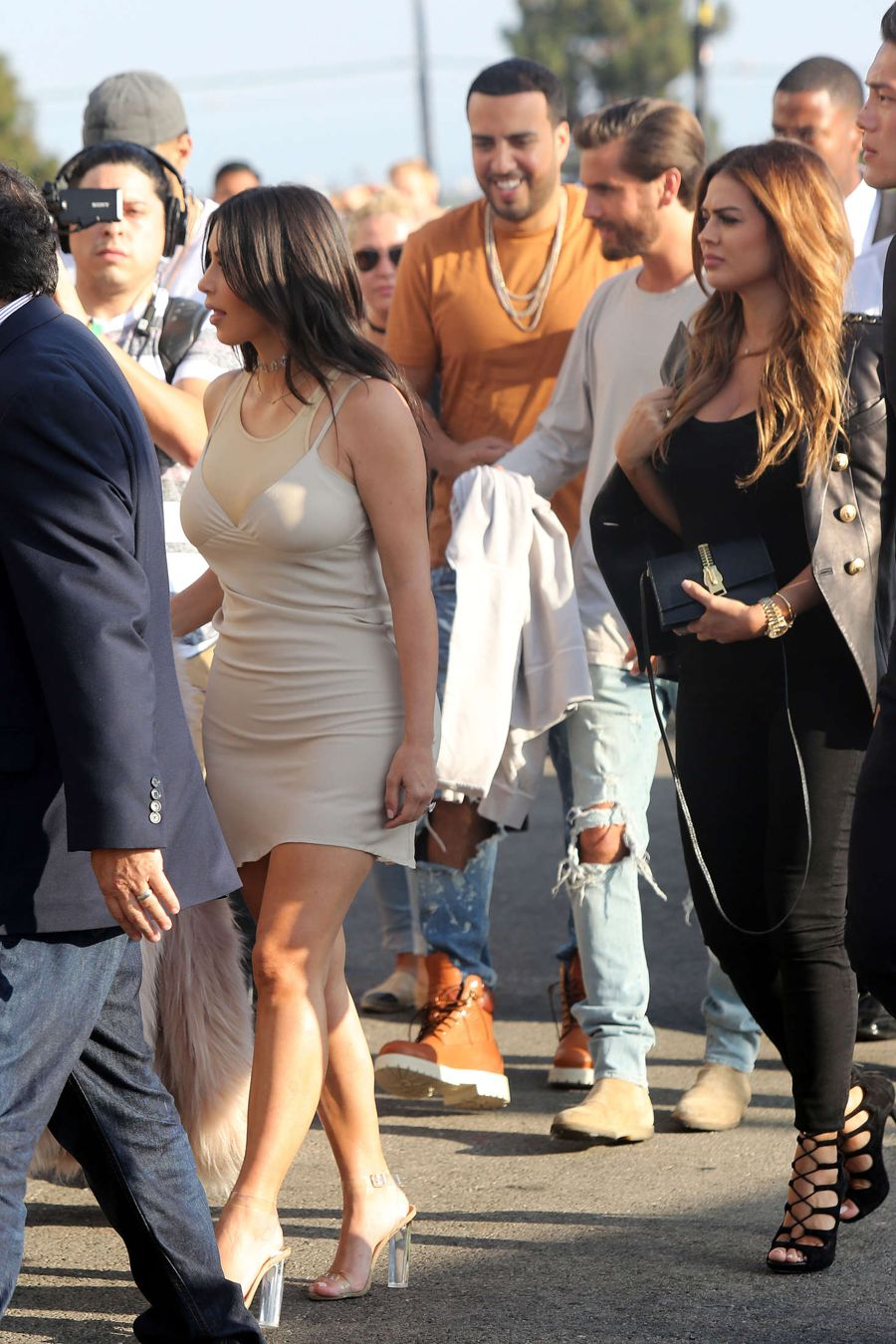 Kim Kardashian - Arrives at Kanye West Concert in L.A.