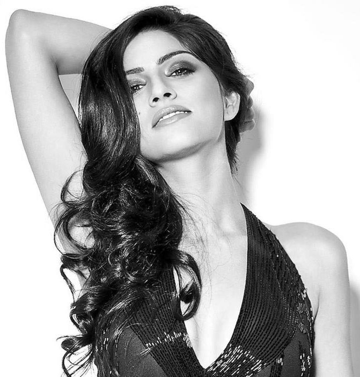 Sapna Pabbi Ready to Become Anil Kapoor's Daughter again