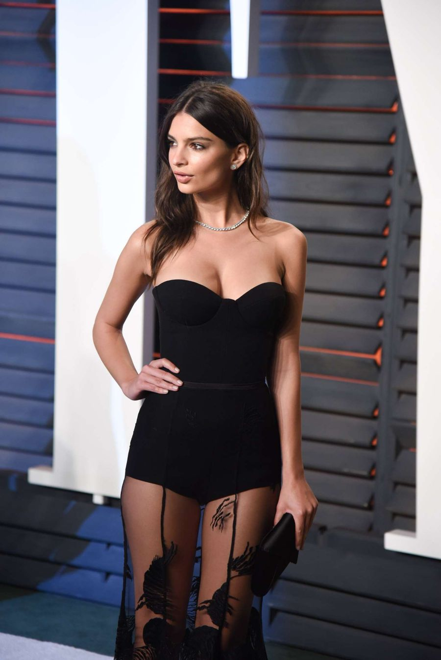 Emily Ratajkowski 2016 Vanity Fair Oscar Party Vt62041 on oscar health nyc