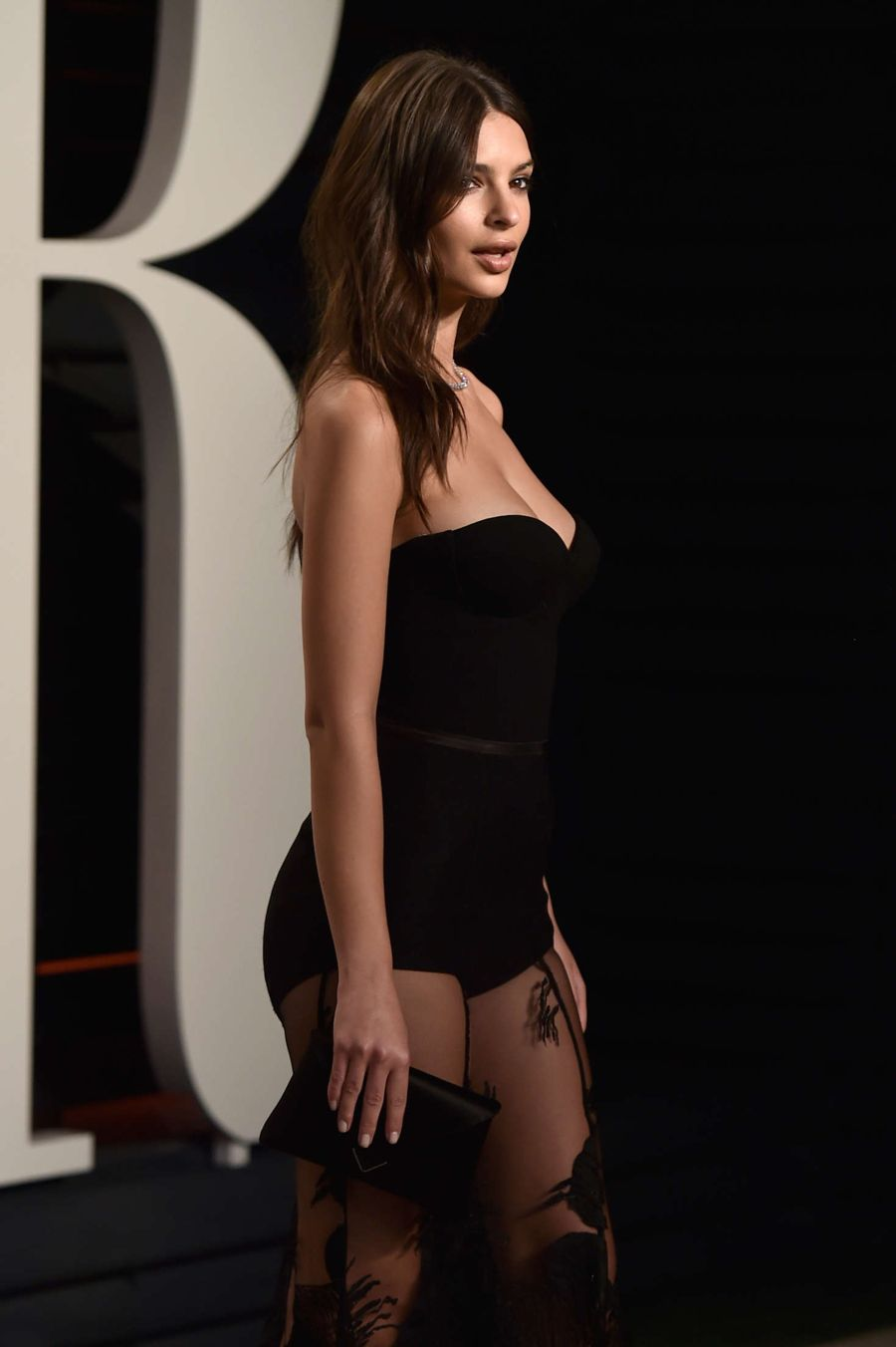 Emily Ratajkowski - 2016 Vanity Fair Oscar Party