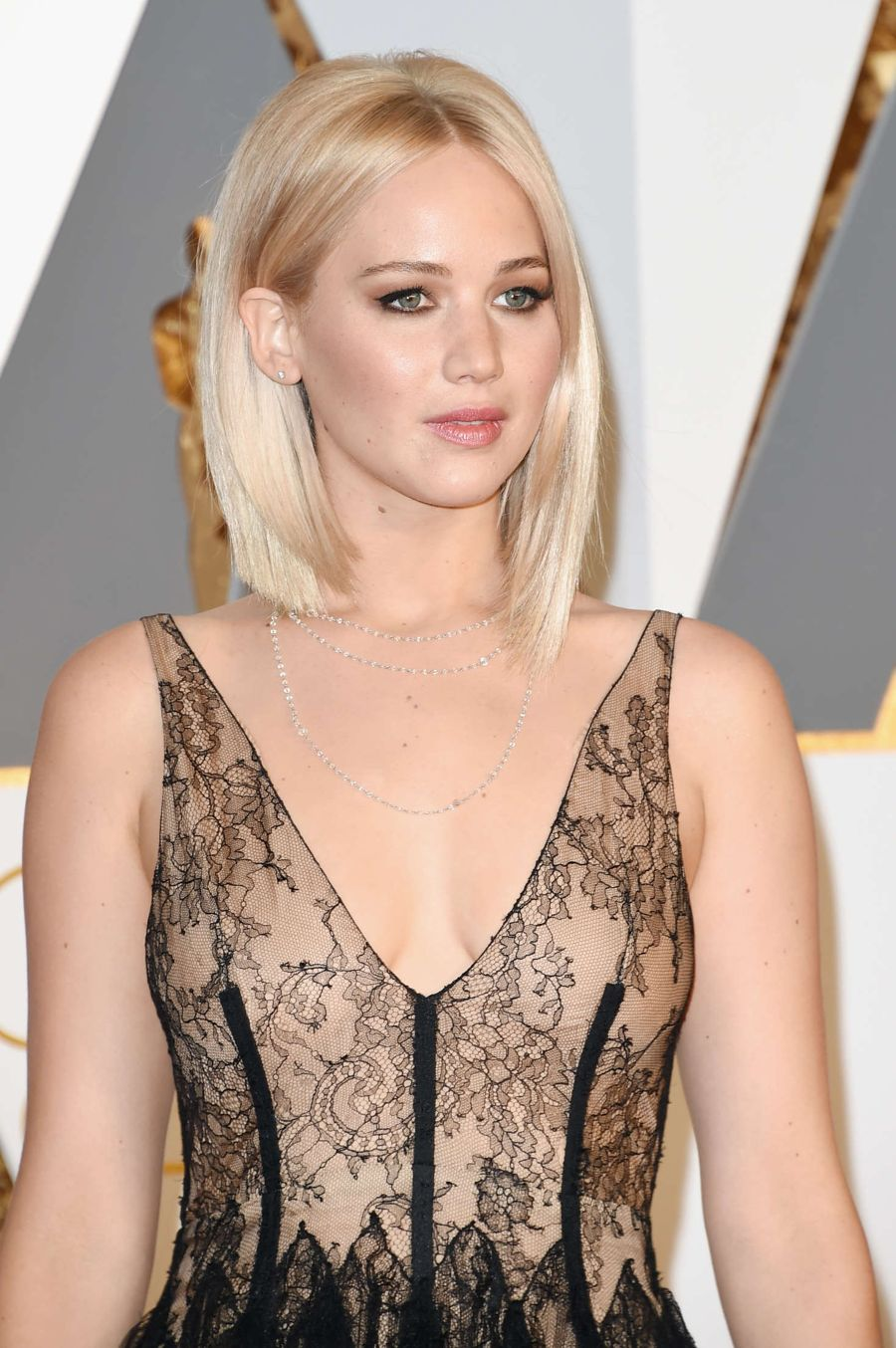 Jennifer Lawrence - 2016 Academy Awards in Hollywood