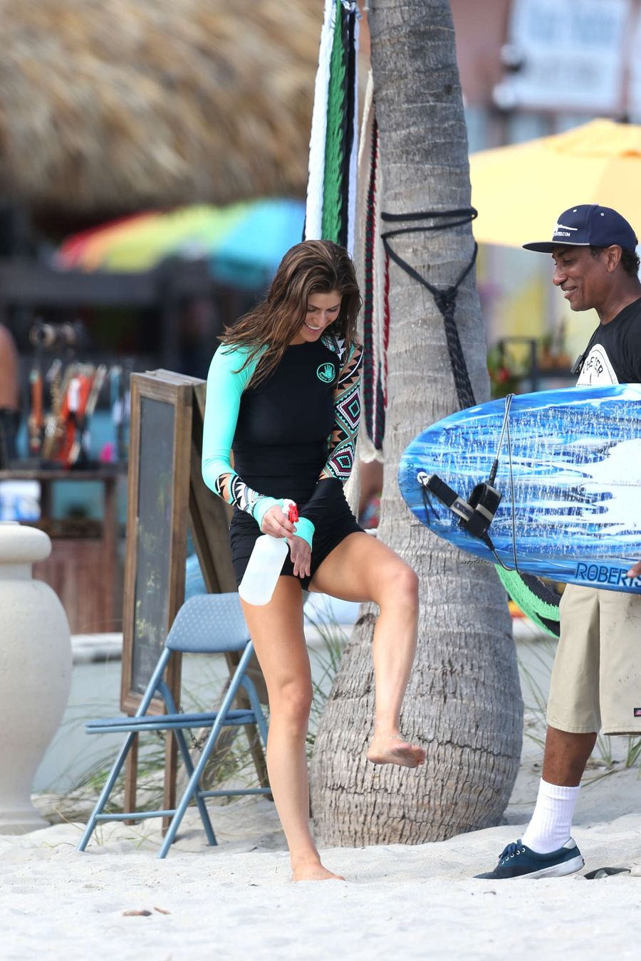 Alexandra Daddario - Filming 'Baywatch' in Miami