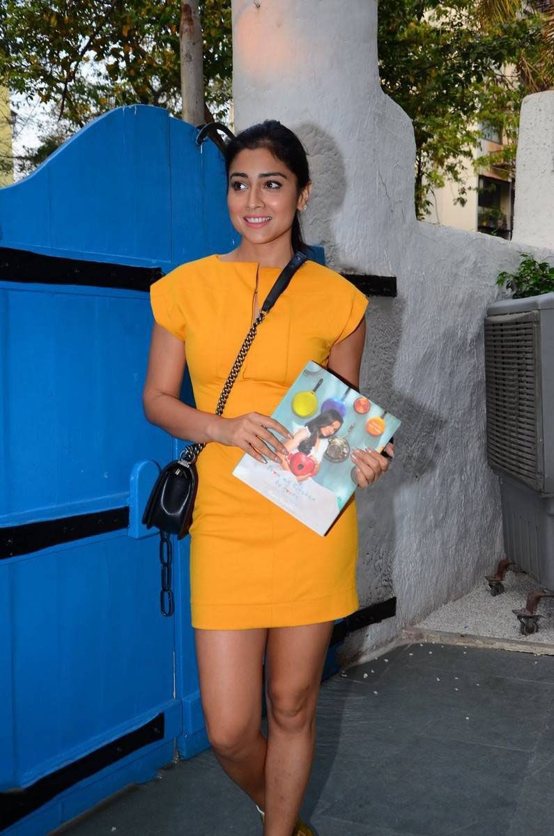 Shriya Saran looks Stunning as she attends Book Launch