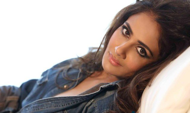 Parul Yadav Stylish Poses