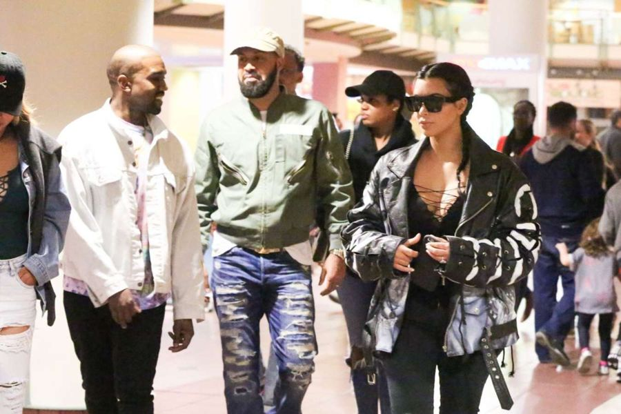 Kim Kardashian in Ripped Jeans out in Woodland Hills