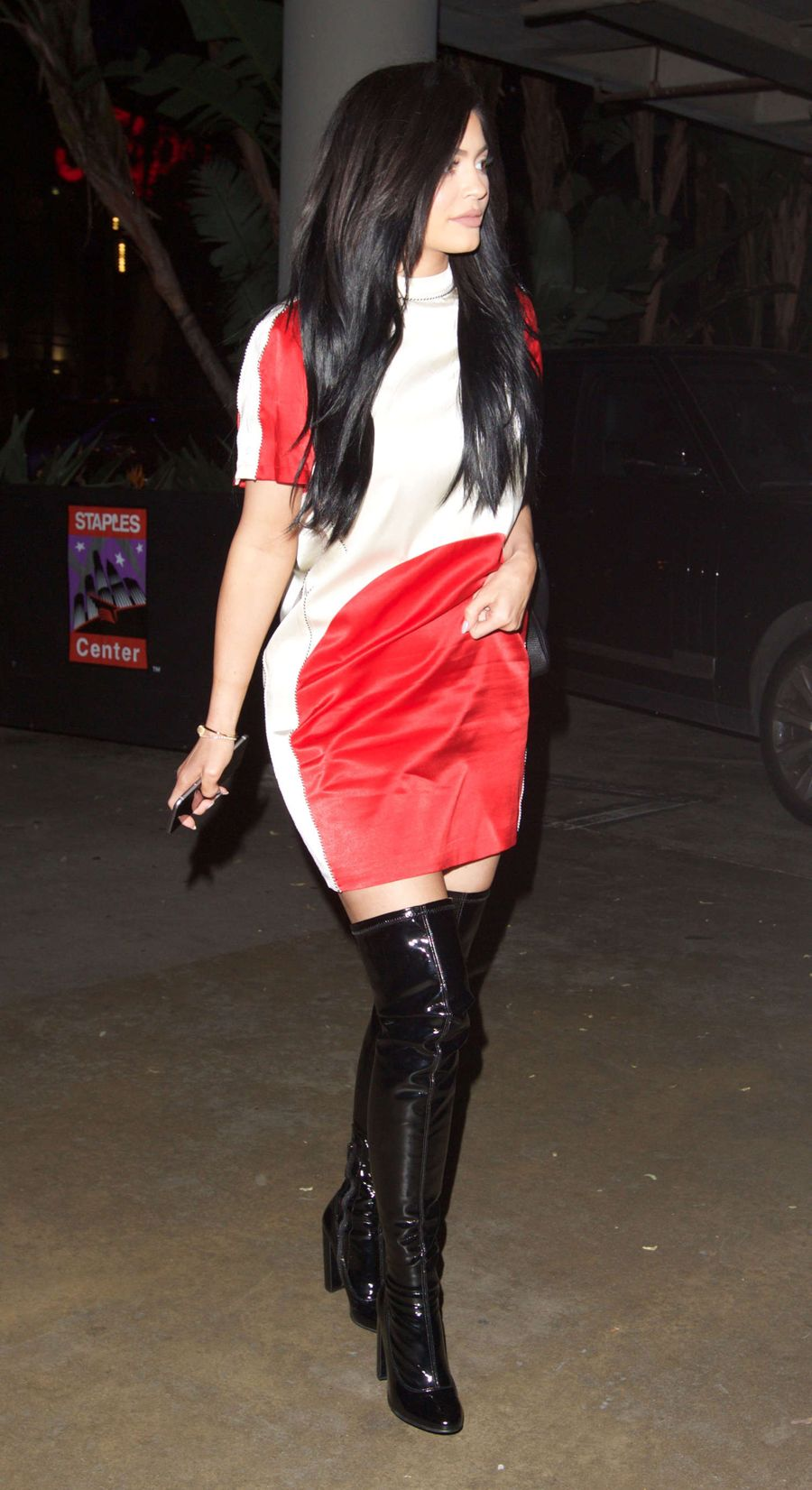 Kylie Jenner - Leaving the Staples Center in Los Angeles