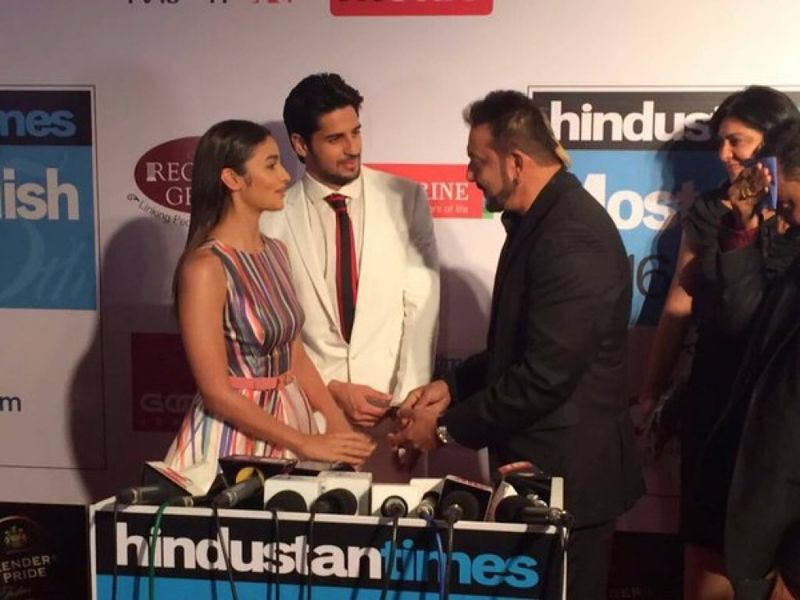 Alia Bhatt strike a cute pose at HT Most Stylish Awards