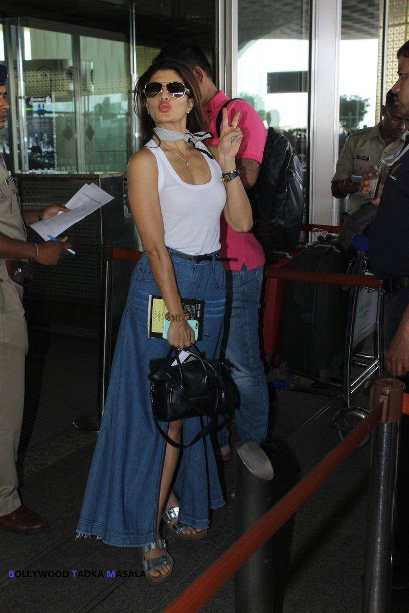 Jacqueline Fernandez spotted at the airport
